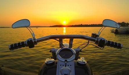 Motorboot zum Selberfahren.